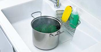 熱い鍋を置いている